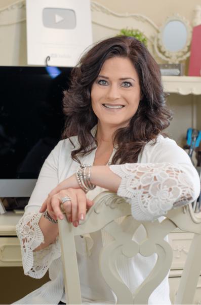 Lori Halloway The Meticulous Manicurist